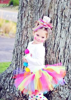I dislike clowns but my daughter Alivia would look so cute in this clown tutu halloween costumes