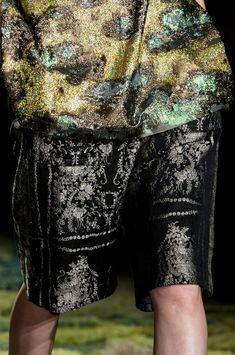 Dries Van Noten at Paris Fashion Week Spring 2015 - Details Runway Photos