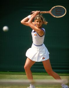 Chris Evert - 2 Australian Open - 7 French Open - 3 Wimbledon - 6 US Open