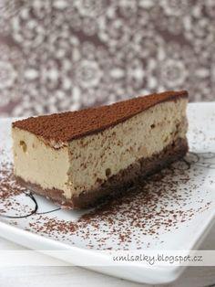 U mlsalky: Tiramisu cheesecake Tiramisu Cheesecake, Sweet Recipes, Low Carb, Cupcakes, Baking, Ethnic Recipes, Desserts, Food, Recipes