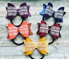 """Beautiful bows made with high quality felt and a lace trim. These look stunning for all occasions. These are 3.5"""" and can come in a wide range of colours."""