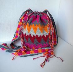 Tapestry crochet hearts bag