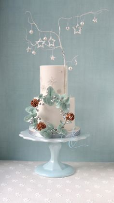 Anneliese by Amanda Earl Cake Design - http://cakesdecor.com/cakes/264125-anneliese