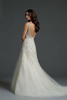 Alvina Valenta Wedding Dresses. To see more: http://www.modwedding.com/2014/07/15/alvina-valenta-wedding-dresses/ #wedding #weddings #wedding_dress
