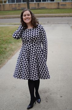 I've been trying to sew more for myself, and the pattern I'm sharing today is perfect for all that me-sewing: the Capitol Hill dress or tunic from Straight Stitch Designs! Have you heard of the Sew...