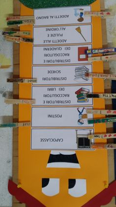 Cartellone degli incarichi | Maestra Carmelina Jenga, Back To School, Montessori, Routine, Geography, Alphabet, Weather, Bricolage, Entering School