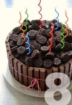 Kitkat and Oreo cake