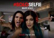 Novo comercial da Beats para o fone Solo aposta em selfies e celebridades