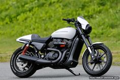 Harley-Davidson Street 750 Custom 2014 by Harley-Davidson