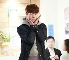 Seo Kang Joon so cute... Still waiting for Monday ...