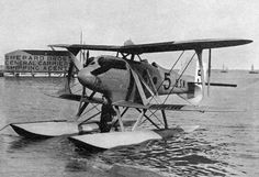 photos of 1924 | File:Curtiss seaplane, 1924 Schneider Trophy (The Book About Aircraft ...