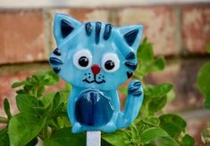 Add character to your garden! Decorative garden stakes of animals, scenes, plants, all made out of colorful fused glass, set on galvanized steel metal rods.