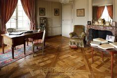 Château de La Motte-Tilly, bureau de la marquise de Maillé (Office)  - mid 18th Century. [source: www.Regards.Monuments-Nationaux.fr; Portfolio Collection of Regional Monuments]