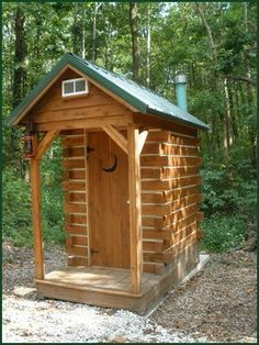 gotta have an outhouse. just maybe not this fancy. after all it is an outhouse Outside Toilet, Outdoor Toilet, Cabin Homes, Log Homes, Bungalows, Tiny House, Out House, Outhouse Bathroom, Outdoor Bathrooms