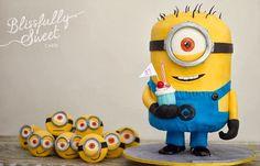 Tim the One-Eyed Minion & Minion Army Cake - Cake by Jacki Fanto Geek Birthday, Superhero Birthday Cake, Star Wars Birthday, Star Wars Party, Birthday Cake Girls, Birthday Cakes, Cupcakes Dos Minions, Minion Superhero, One Eyed Minion