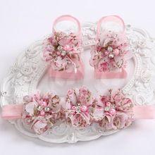 2015 bebé lindo de la muchacha Rhinestone / de la perla con encanto rosset zapatos Floral zapatos bebe diadema y zapatos descalzos conjunto #4S1977 al por menor(China (Mainland))