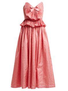 RUNWAY  GUCCI  Pleated-trim silk-blend jacquard gown €5,500