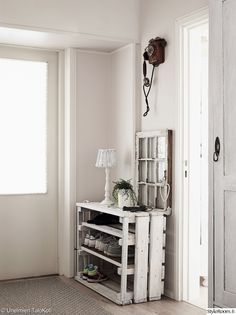 puulaatikko,säilytysratkaisu,kenkähylly,kenkäsäilytys,eteinen,Tee itse - DIY