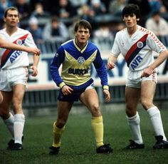 Crystal Palace 2 Leeds Utd 0 in Nov 1987 at Selhurst Park. Micky Adams in action for Leeds #Div2