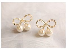 Holiday SALE 30% OFF Gold Bow Ribbon & Cherry Pearl by Richbon