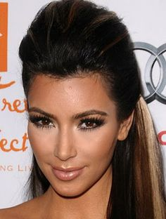 Kim Kardashian, Hairstyles, Classic, Dark Hair, Brunette, Sleek, High-End Hair, Chignon, Inspirations, Beautiful, Classy, Up-Do, Bangs, Kardashians, Long Hair, Long Hair Do's,Half-Up, Half-Up Half Down, Highlights, Blonde Highlights, Dark Hair