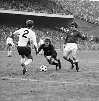 UEFA European Football Championship 1972, preliminry round, group 8 in Hamburg: West Germany vs Poland 0-0, Horst-Dieter Hoettges (#2 West Germany, ), goalkeeper Sepp Maier (#1 West Germany, ) and Włodzimierz 'Włodek' Lubański (Poland, 1963–1980, 75 caps, 48 goals), on 17 November 1971.