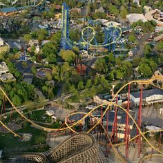 Six Flags Great America Gurnee IL! Fond memories and counting <3