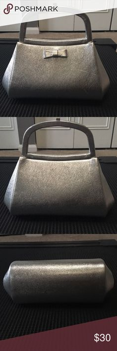 Luxury Authentic like new Bienen Davis silver purse