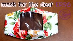 DIY fabric mask with clear window (for the deaf and hard of hearing) วิธ. Clear Face Mask, Diy Face Mask, Face Masks, Tapas, Sewing Hacks, Sewing Projects, Sewing Crafts, Ohio State Colors, Diy Masque