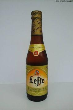 """LEFFE BLONDE - Produzida na Bélgica e importada pela AMBEV, é considerada uma """"cerveja de Abadia"""", ou seja, uma daquelas que seguem as receitas tradicionais criadas nos mosteiros da Idade Média."""