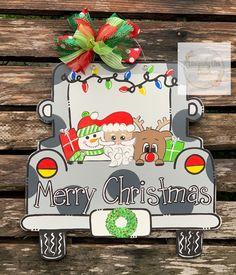 Merry Christmas Santa, Small Christmas Trees, Christmas Truck, Christmas Tree Themes, Christmas Door, Christmas Signs, Xmas Tree, Christmas Crafts, Diy Crafts To Do