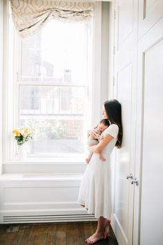 New York City lifestyle family session. Mommy and me. Model mom and baby. Sunderland, Newborn Fotografie, Lifestyle Newborn Photography, Photography Kids, Portrait Photography, Newborn Shoot, How To Pose, Mother And Child, Family Photographer