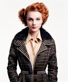 Gorgeous1940's  hair *inspiration if I ever decide to cut my hair!*