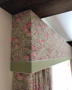 Beautiful pelmet and curtains in Sarah Hardaker fabric made by Rascal & Roses Curtains With Blinds, Valance Curtains, Cornice, Valances, Pelmet Designs, Cottage Curtains, Curtain Headings, Pelmets, Embroidery Patterns