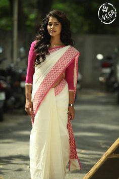 Bindu Madhavi in Traditional Saree