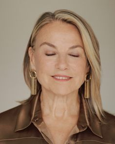 Psychotherapist Esther Perel wants to fix your love life, but first she needs to change how you think about love. Thirty Four, Get Turned On, Physical Intimacy, Falling In Love Again, Losing Someone, Kinfolk, Girl Crushes, Interview, Stylists