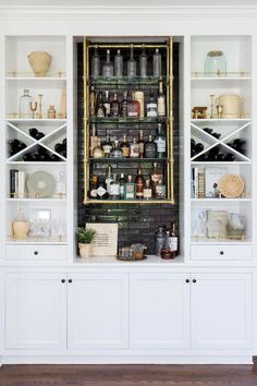 56 trendy home bar cabinet built in Classic Furniture, Bar Furniture, Kitchen Furniture, Modern Furniture, Plywood Furniture, Industrial Furniture, Furniture Market, Furniture Stores, Furniture Plans