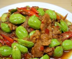 เมนูอาหาร สูตรอาหาร พร้อมวิธีทำ: ผัดเผ็ดหมูสะตอ