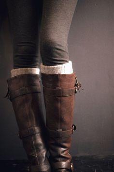 Dark Grey Leggings, Leg Warmers And Brown Boots