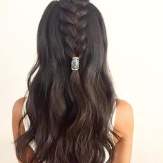 These half braided hairstyles are stunning. – Bethany's Braided Hairstyle Ideas These half braided hairstyles are stunning. These half braided hairstyles are stunning. Medium Hair Braids, Long Box Braids, Medium Hair Styles, Long Hair Styles, Half Braided Hairstyles, Box Braids Hairstyles, Down Hairstyles, Prom Hairstyles, Puff Hairstyle