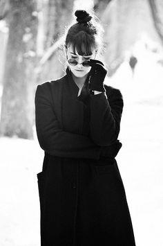 More looks by Olga Balbert: http://lb.nu/user/402085-Olga-B  #classic #elegant #street #sunglasses #black #blackcoat