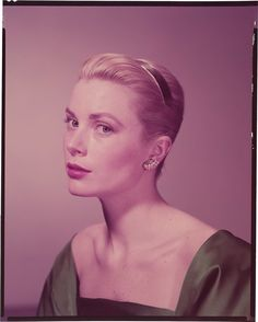 Dedicated to Grace Patricia Kelly Grimaldi American actress and Princess consort of Monaco, and her family Hollywood Actresses, Old Hollywood, Actors & Actresses, Carole Lombard, Elvis Presley, Monaco, Classical Hollywood Cinema, Princess Grace Kelly, Royals