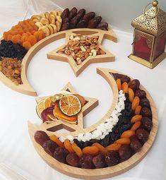 Ramadan kareem to all Order now souviner dates islam eidfitr eid decoration diy ramadantime ramadansouvenirs ramadanideas Ramadan Sweets, Ramadan Gifts, Ramadan Mubarak, Ramadan Recipes, Ramadan Food, Iftar, Fest Des Fastenbrechens, Decoraciones Ramadan, Plats Ramadan