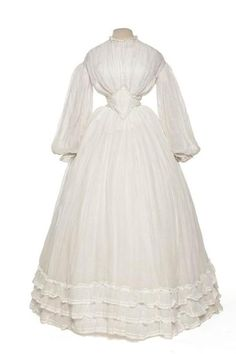 Wedding gown, 1862 - trying to shed light on the white wedding gown during civil war period