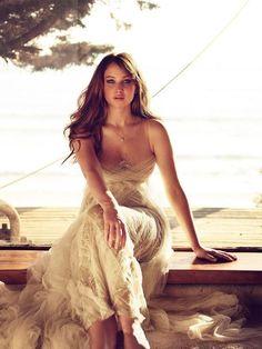 Jennifer Lawrence Is Soo Beautiful ! :)
