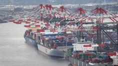 US trade gap widens sharply in December - http://www.capotefamily.com/2014/02/16/us-trade-gap-widens-sharply-in-december/?utm_source=pocket&utm_medium=capotefamily.com&utm_campaign=Pocket