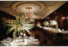 Megan and Peter's #wedding in the Meade Room at The Union League of Philadelphia. (Photo: Marie Labbancz)