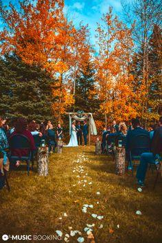 small backyard wedding ceremony ideas wedding ideas small backyard wedding cere… - Un. Backyard Wedding Pool, Elegant Backyard Wedding, Rustic Wedding, Rustic Backyard, Rustic Outdoor, Wedding Vintage, Diy Wedding, Daytime Wedding, Backyard Hammock