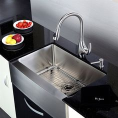 Kraus KHF200-30 Farmhouse Apron Single Bowl 16 Gauge Stainless Steel Kitchen Sink | Lowe's Canada