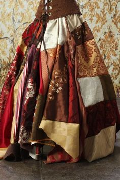 Patchwork Skirt. Repinned from Samsara. Originally pinned by CaverJules http://www.artfire.com/ext/shop/product_view/damselinthisdress/4301974/Full_Length_Patchwork_Skirt_in_Reds_Browns_and_Golds/Clothing/Skirts/Long